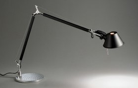 Tolomeo Tavolo by Unionzeiss